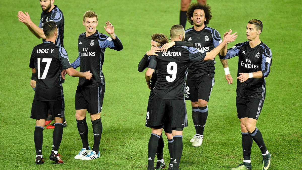 sports shoes 641e6 7bd5f Real Madrid third kit voted 'worst kit of the year' - AS.com