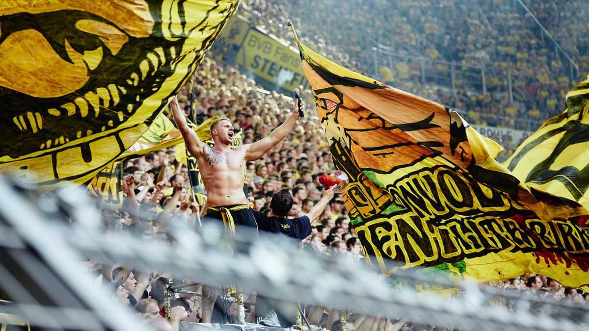 Borussia Dortmund Send A Veiled Message To Donald Trump As Com