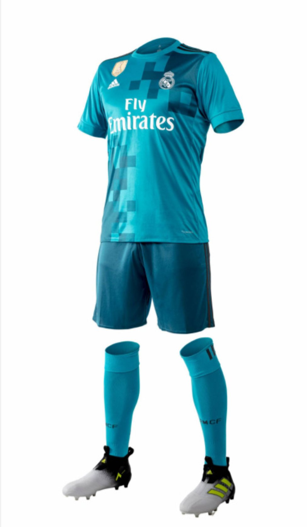 wholesale dealer 928b4 08609 Real Madrid's 2017/18 third kit in pictures - AS.com