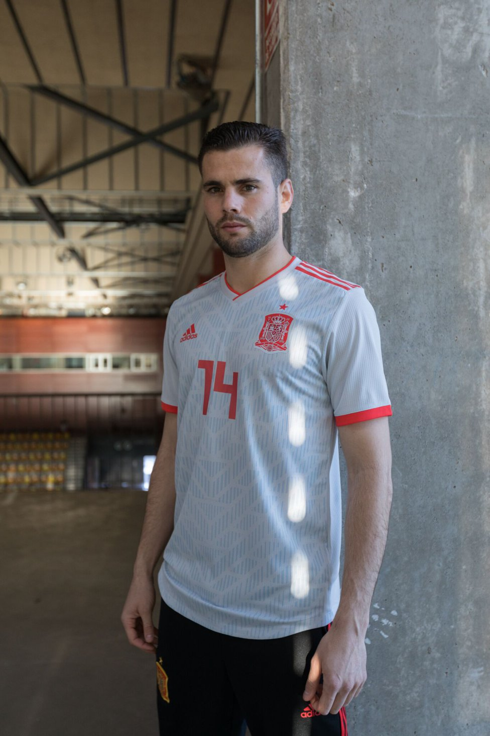 newest 160d7 f9c6b Spain unveil new Russia 2018 World Cup away kit - AS.com