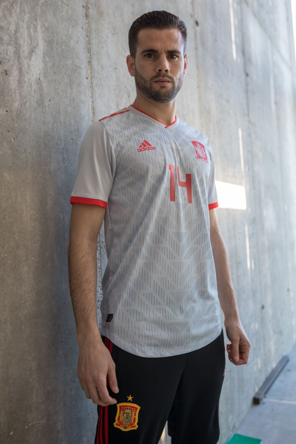0b570dec4 Spain unveil new Russia 2018 World Cup away kit - AS.com