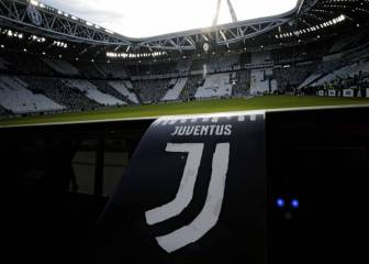 11+ Juventus Stadium Background