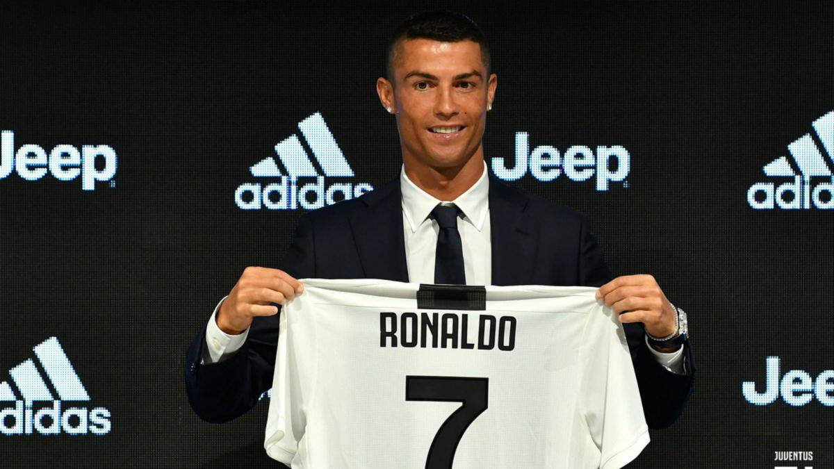 brand new 566f4 f4626 Spinazzola ribs Ronaldo over Juventus number: I let him have ...