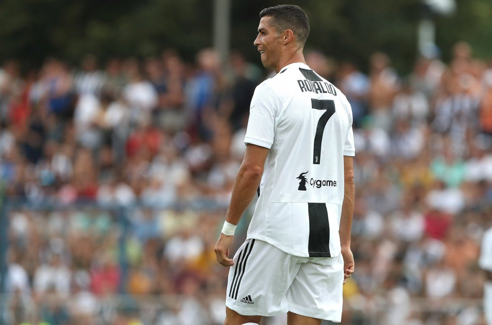 purchase cheap 2147a ba308 Cristiano Ronaldo makes first appearance in Juventus shirt ...