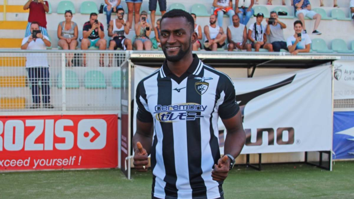 The rise and fall of Jackson Martinez as he signs for Portimonense ...