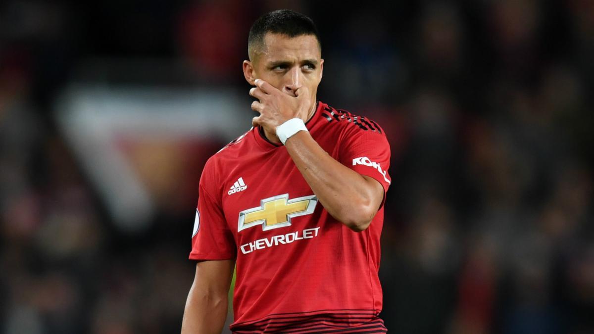 more photos de205 8e300 Alexis Sánchez told Manchester United won't carry players ...