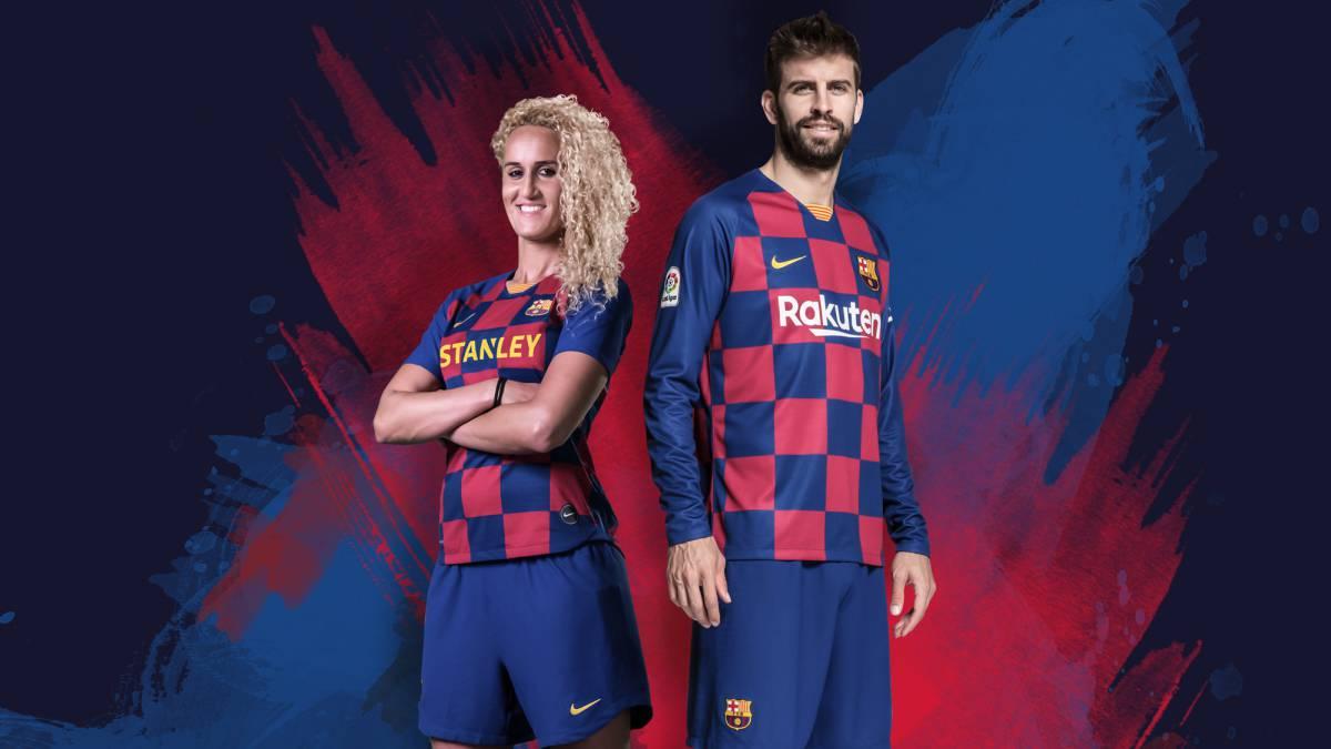 Gerard Pique Open To Barcelona Changing To White Shirt As Com