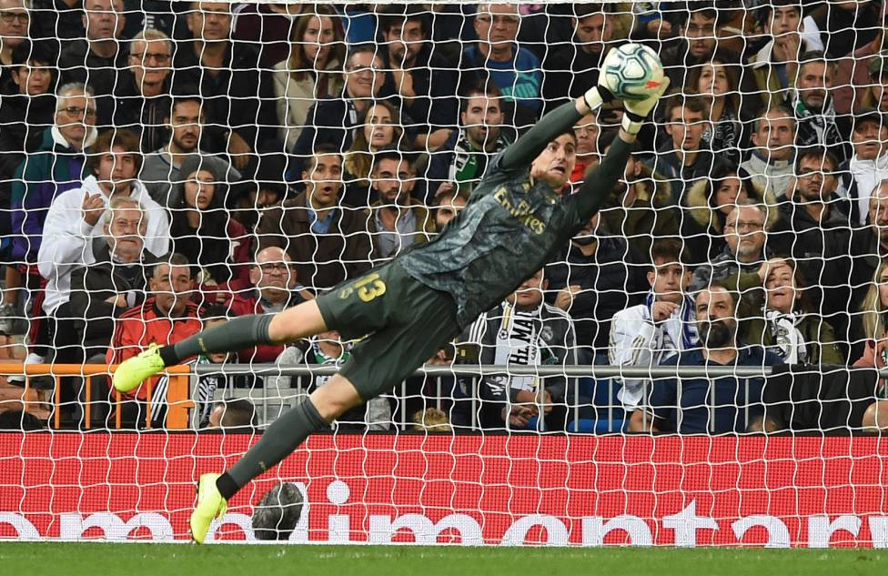 """Real Madrid: Courtois 60"""" from Navas but Casillas a long way off - AS.com"""