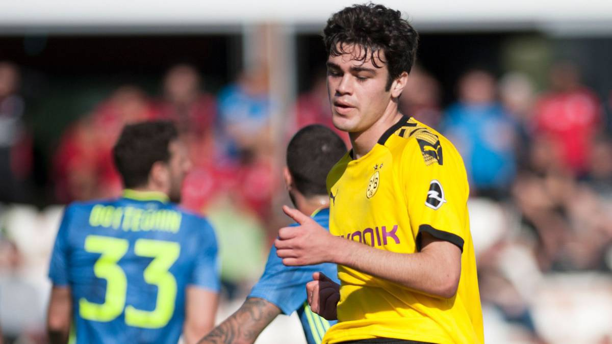 Giovanni Reyna Makes His Debut In Bundesliga With Dortmund As Com