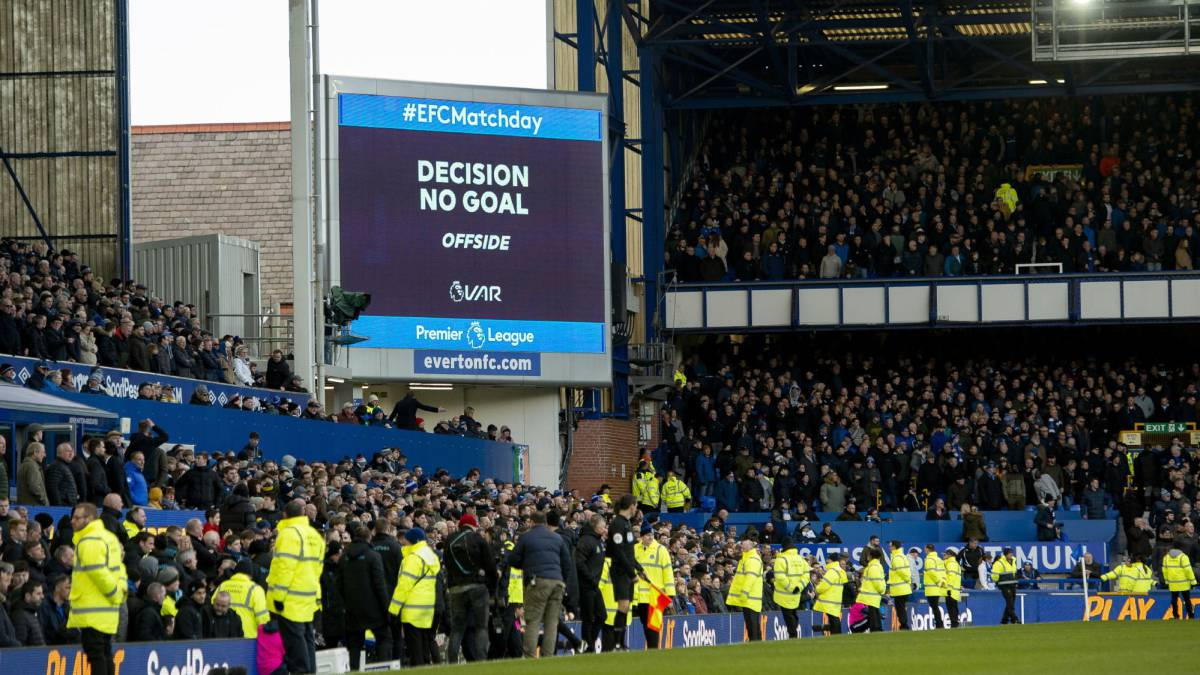 Var Rules Out Late Everton Goal As United Leave With Point As Com