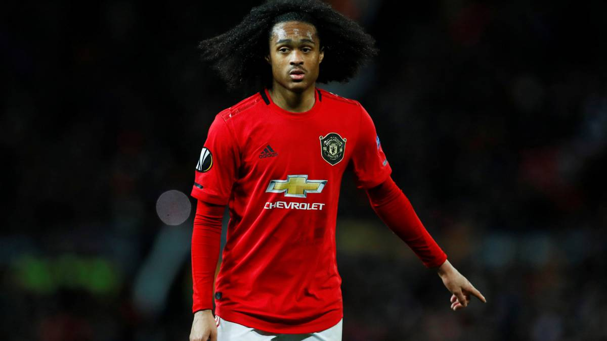 Tahith Chong: Manchester United youngster set to sign new deal ...