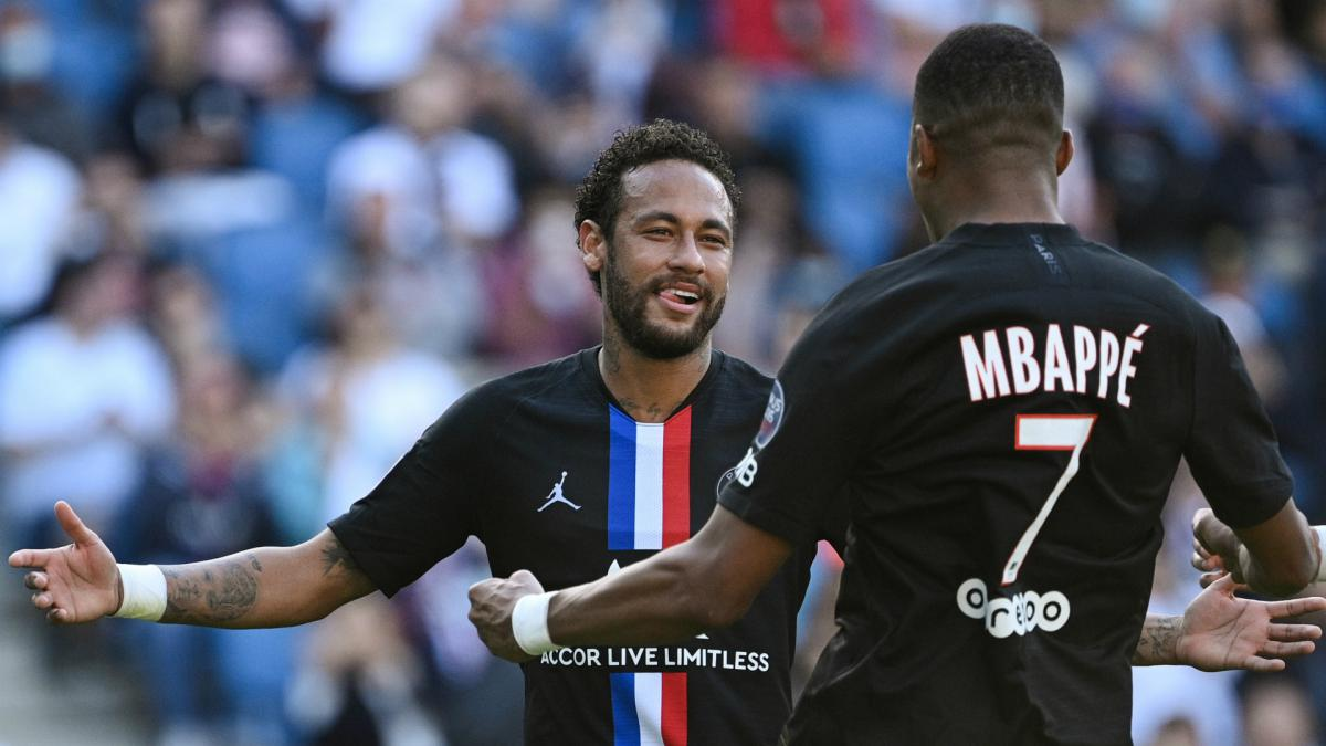 Neymar And Mbappe To The Fore As Psg Thrash Le Havre 9 0 As Com