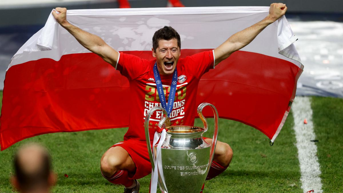 Bayern Munich Lewandowski And The Joy Of Six Champions Leagues AS com
