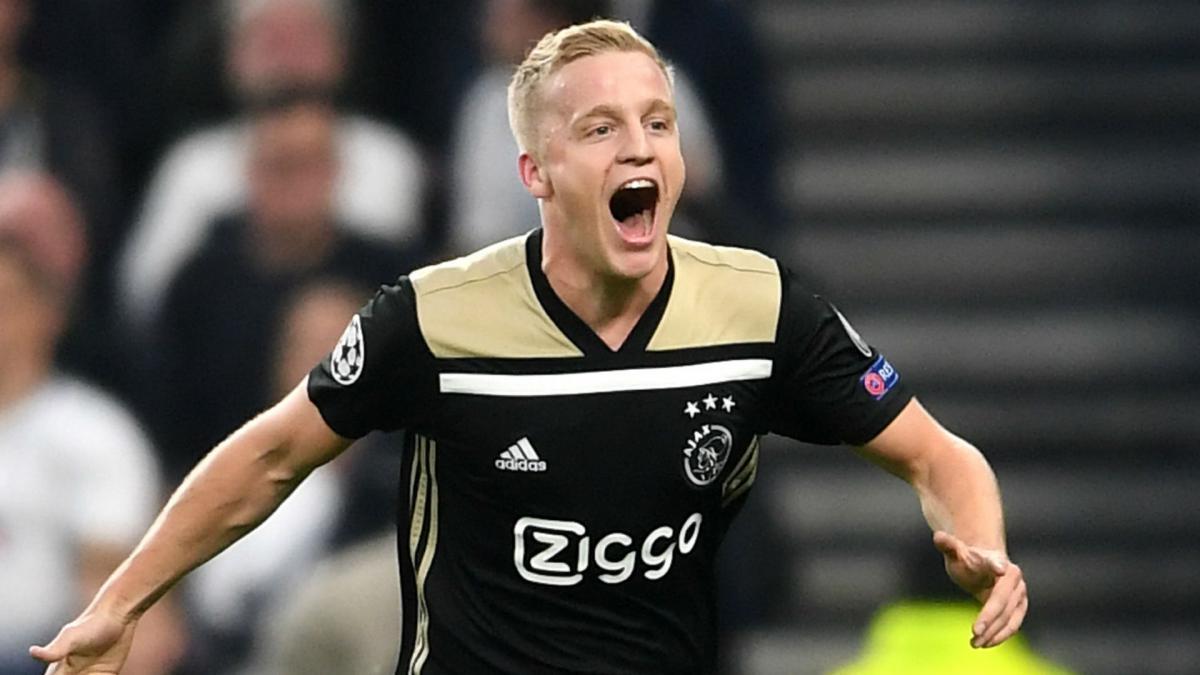 Man Utd Sign Real Madrid Target Van De Beek From Ajax As Com