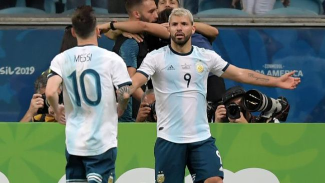 Manchester City Aguero Places Messi Clause On Barcelona Move As Com