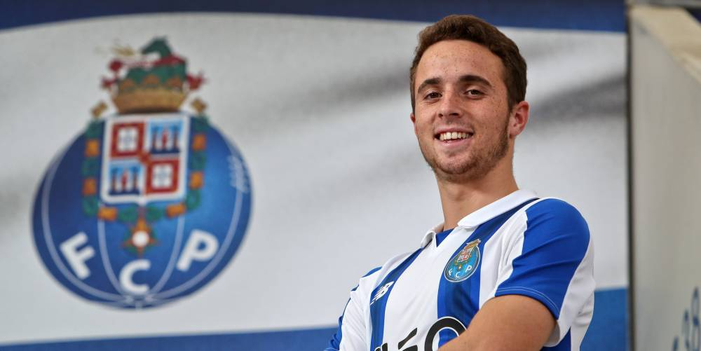 Transfer News Official Diogo Jota Welcomed On Board By Porto As Com