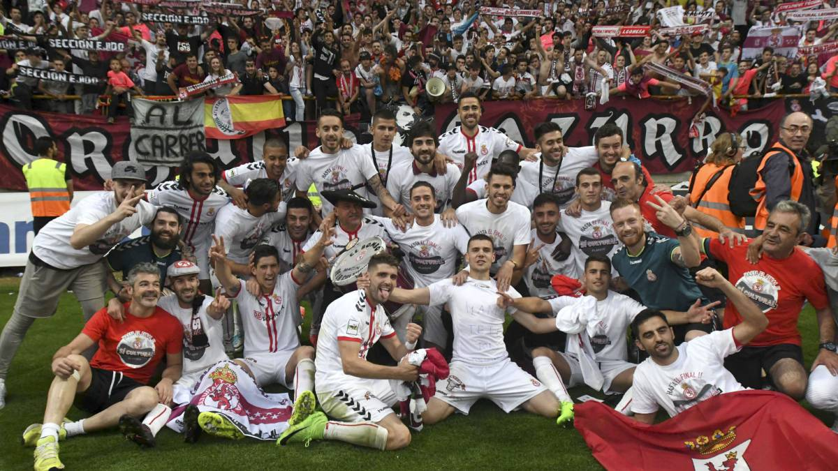 Cultural Leonesa Return To The Second Division 42 Years On As Com