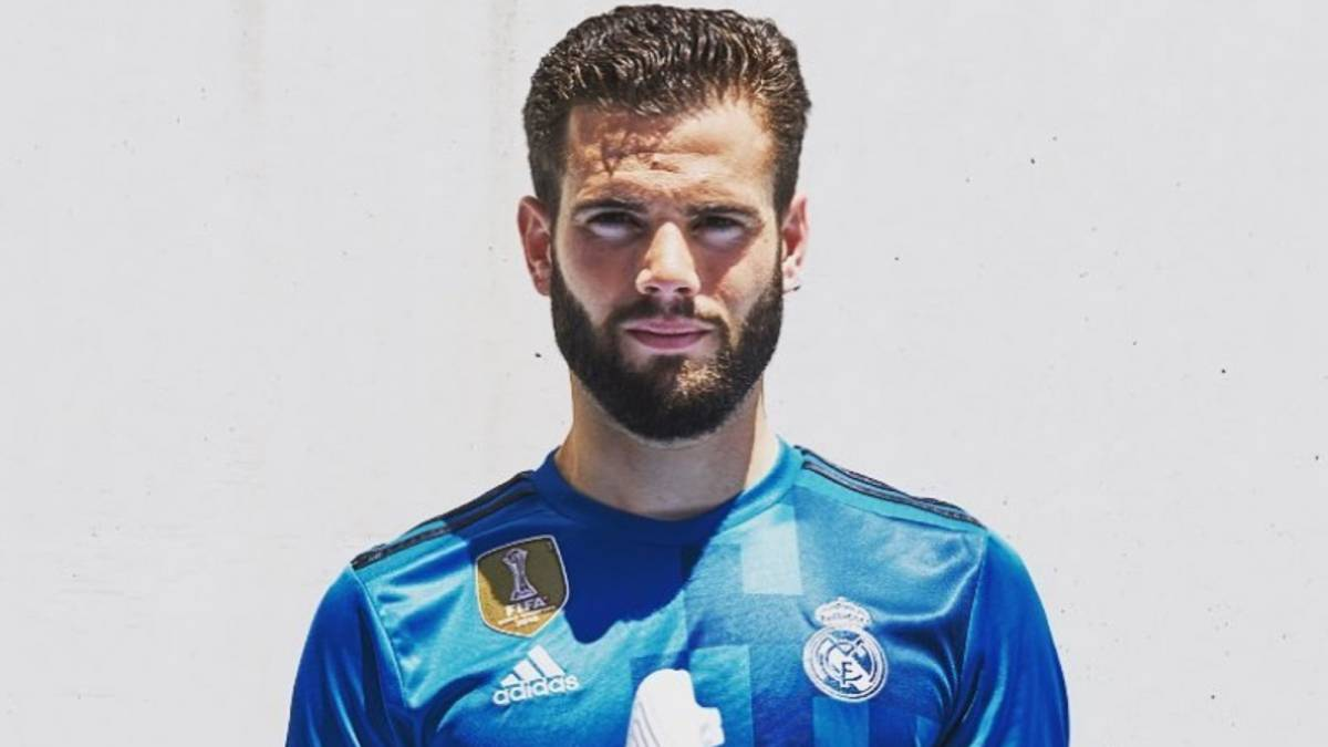 arrives 8d7f0 70b31 Nacho unwittingly reveals Real Madrid's new third kit - AS.com