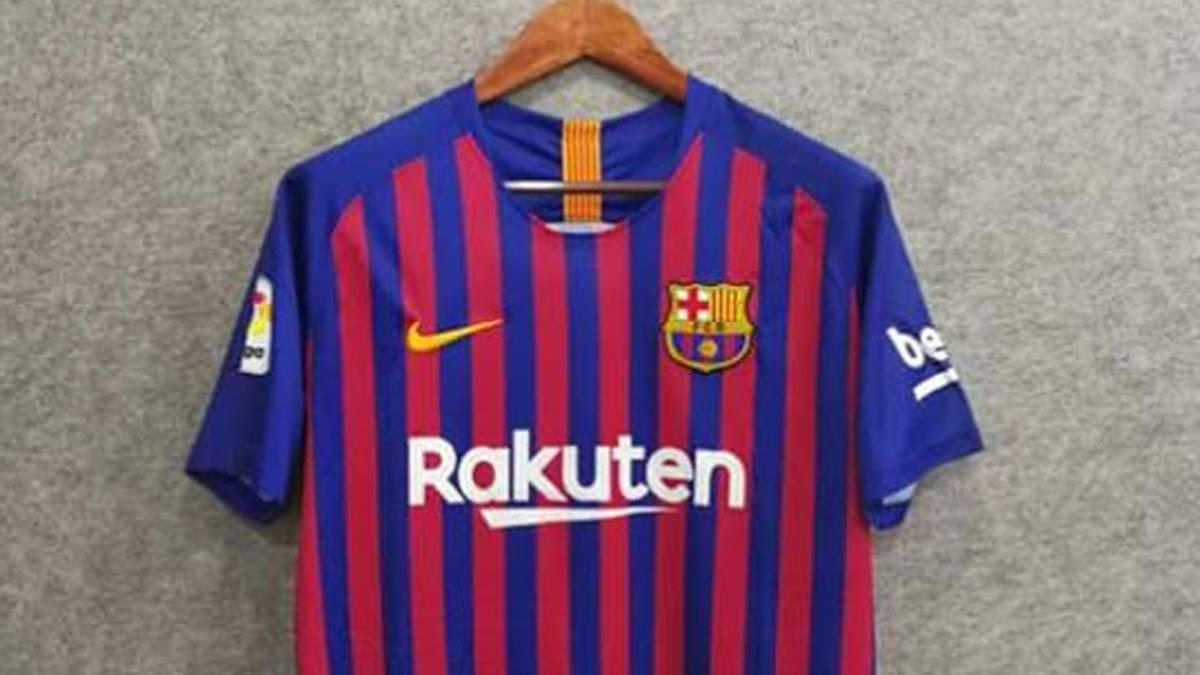 3b1961268 2018 19 Barcelona Nike home shirt  first photos emerge online - AS.com