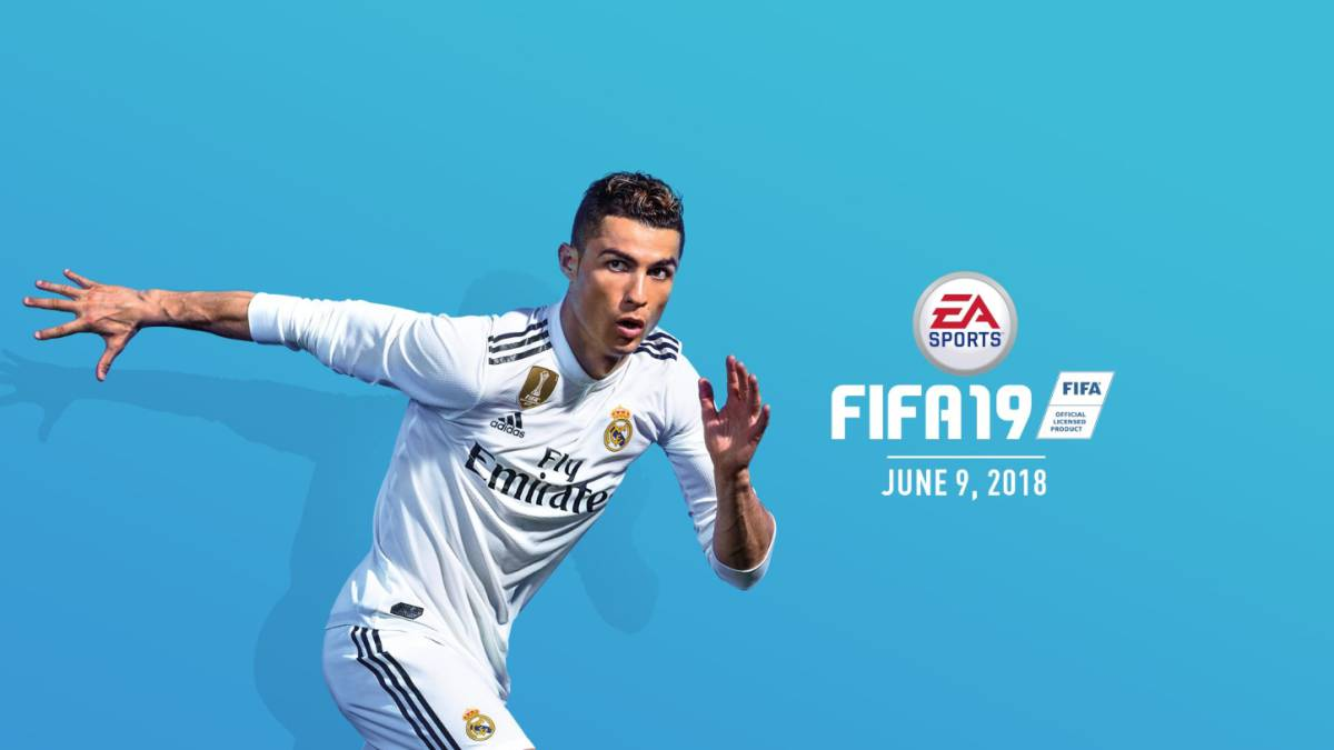 on sale 4cbf1 fc082 Cristiano Ronaldo in the new Real Madrid shirt for FIFA 19 ...