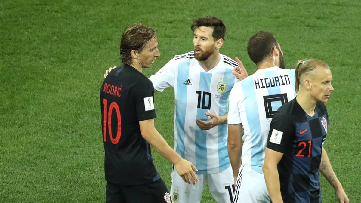 modric messi can t be expected to do it all on his own as com