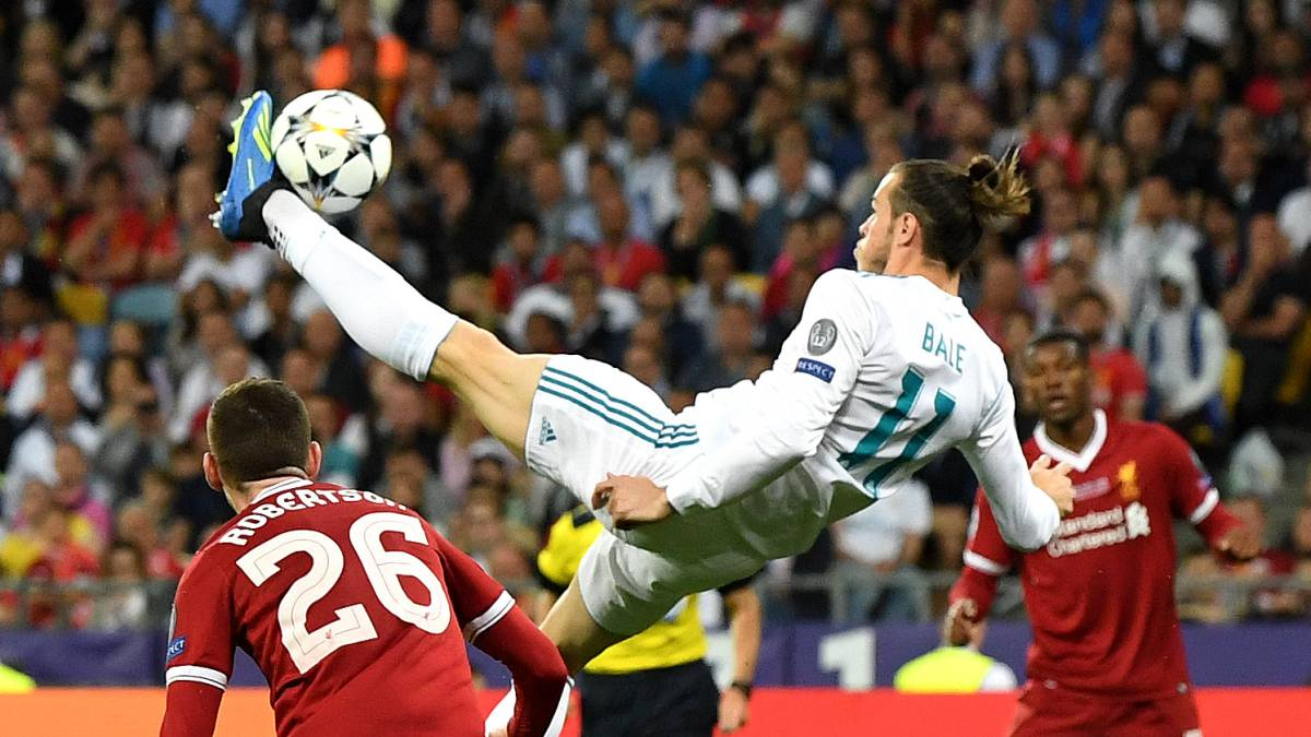 Ronaldo And Bale S Jaw Dropping Bicycle Kicks Compared As Com