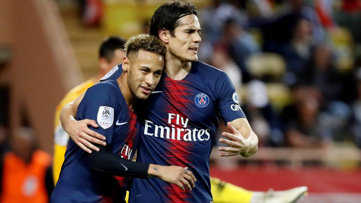 Cavani On Psg Front Three We Can T Carry On Like This As Com