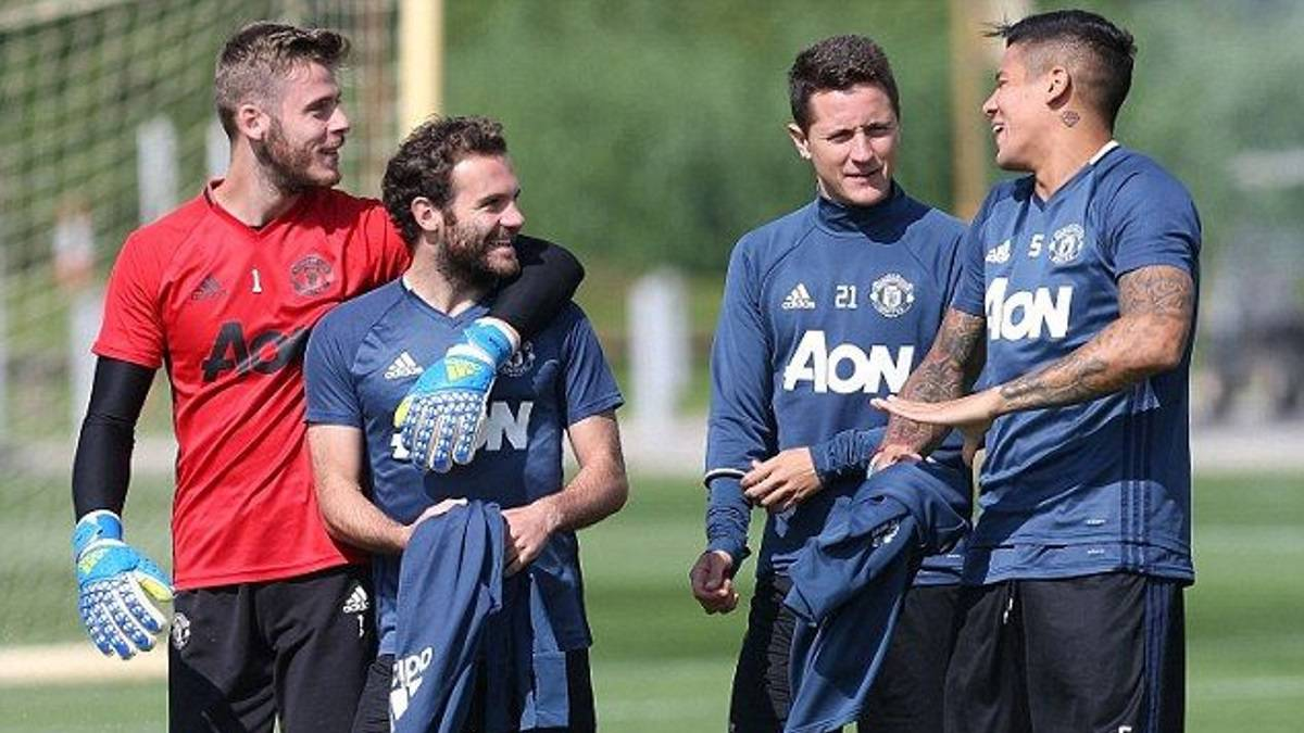 man united spanish players angry over unfair treatment as com man united spanish players angry over