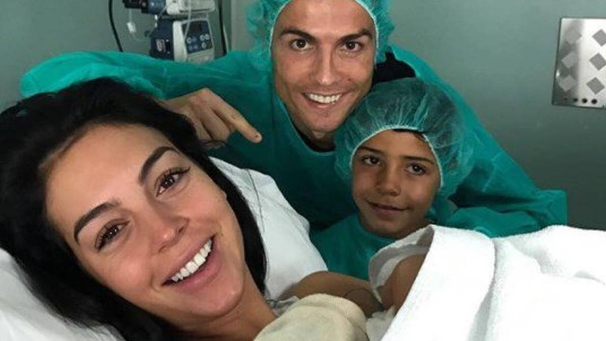 Georgina And Cristiano Ronaldo Celebrate The Birth Of Alana Martina As Com